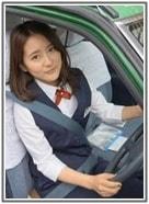 美人すぎるタクシードライバー・生田佳那